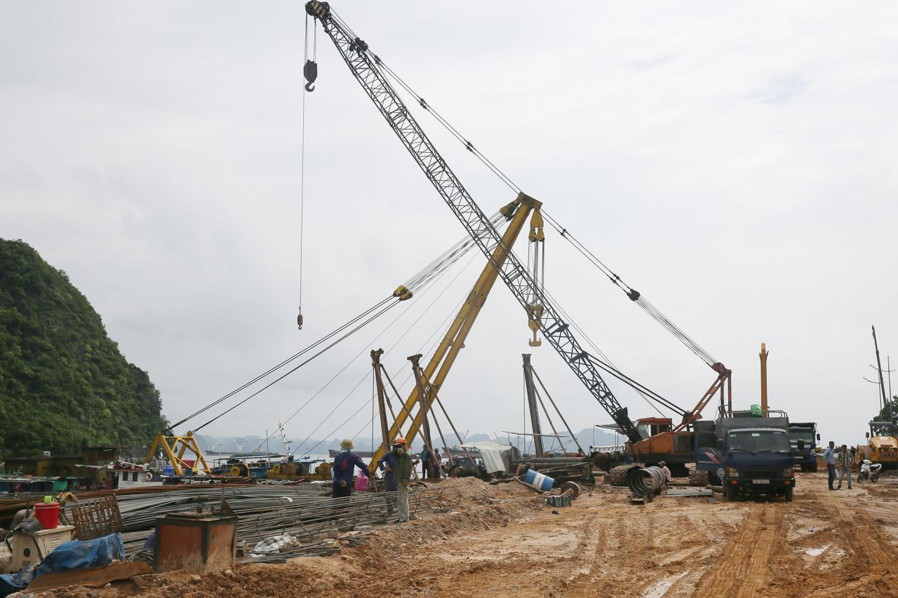 Hạng mục khu vực dừng chân ngắm cảnh vịnh Hạ Long mới được TP Hạ Long bổ sung thiết kế vào đầu tháng 7 có diện tích hơn 500m2.