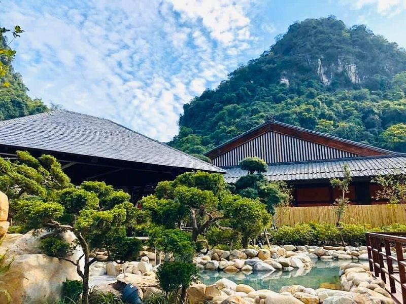 Suối khoáng nóng Yoko Onsen Quang Hanh Sungroup Quảng Ninh